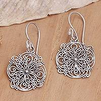 Sterling silver filigree earrings, 'Remembrance'