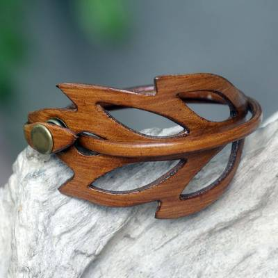 Leather wrap bracelet, 'Lucky Leaf' - Brown Leather Wristband Bracelet