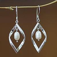Pearl dangle earrings, 'Infinite White' - Pearl dangle earrings