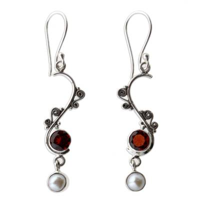 Pearl and garnet dangle earrings