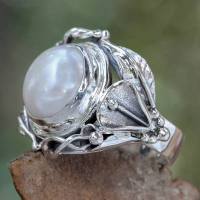 Pearl flower ring, 'Nest of Lilies' - Handcrafted Silver and Pearl Cocktail Ring