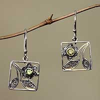 Peridot flower earrings, 'Bali Daisy' - Handcrafted Indonesian Sterling Silver Dangle Earrings