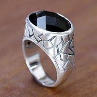 Men's onyx ring, 'Tabanan Hero' - Men's Sterling Silver and Onyx Ring