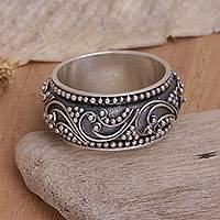 Sterling silver band ring, 'Rain Forest Ferns' - Provoking a Balinese Dream Silver Band Ring