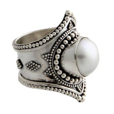 Pearl cocktail ring, 'Glowing Cloud' - Pearl cocktail ring