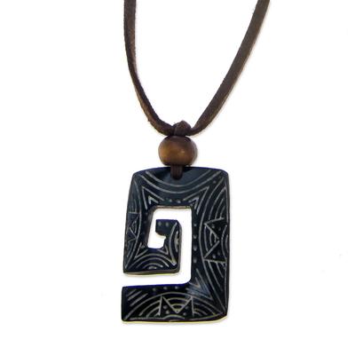 Bone pendant necklace