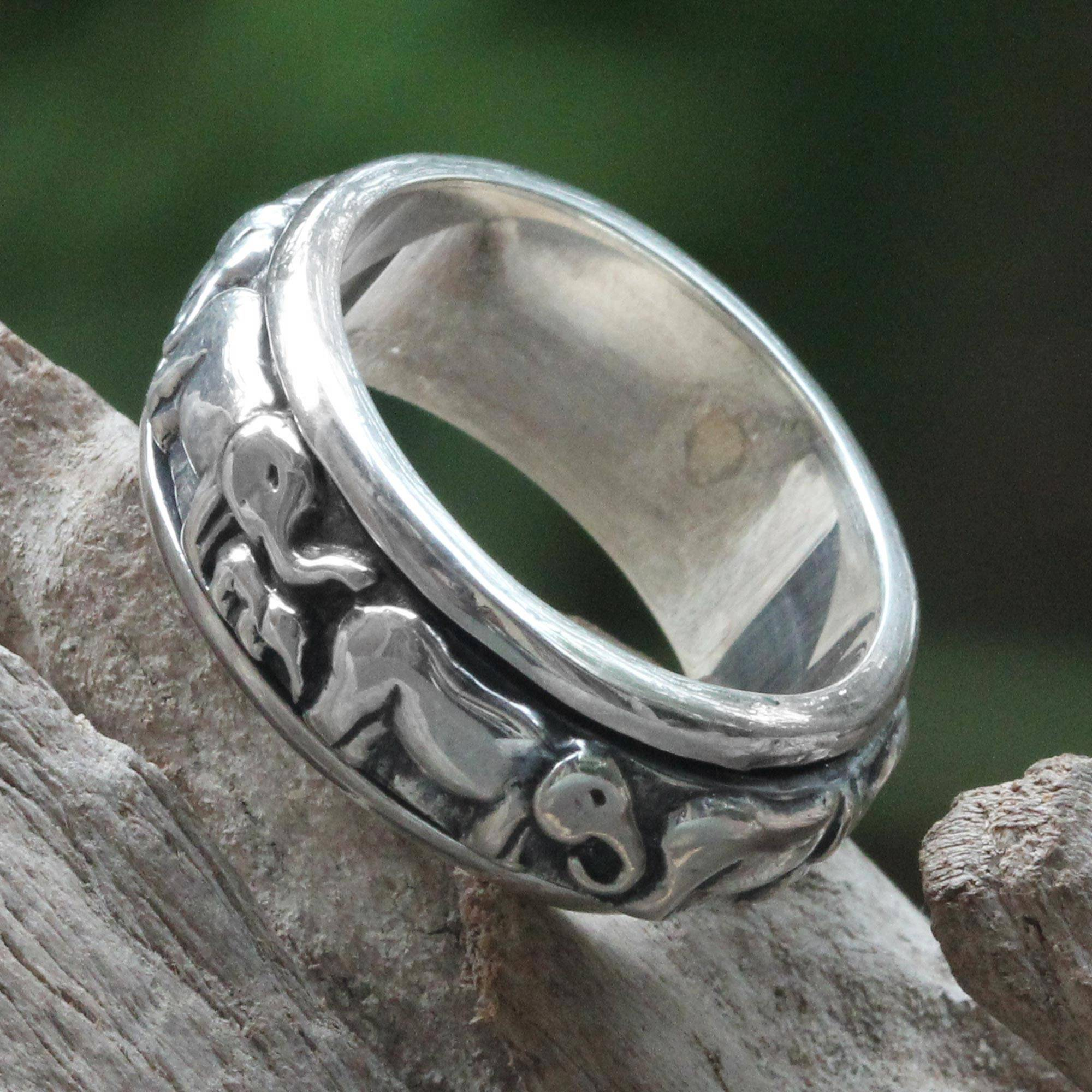 Handcrafted Silver Spinner Meditation Ring Lucky Elephants