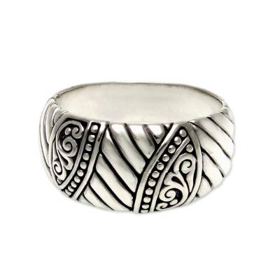 Men's sterling silver ring, 'Famous Warrior' - Men's Unique Sterling Silver Band Ring