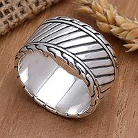 Men's sterling silver ring, 'Dragon Path' - Handcrafted Sterling Silver Men's Ring