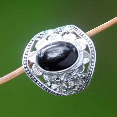 Onyx flower ring, 'Frangipani Mystery' - Unique Sterling Silver and Onyx Cocktail Ring