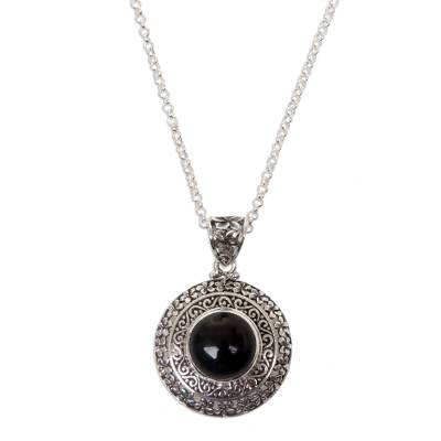Onyx flower necklace, 'Frangipani Secrets' - Floral Sterling Silver and Onyx Pendant Necklace