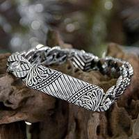 Men's sterling silver bracelet, 'Batik Shield' - Men's Hand Crafted Sterling Silver Link Bracelet