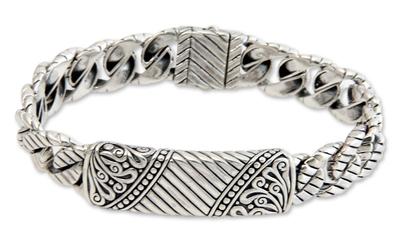 Men's sterling silver bracelet, 'Batik Shield' - Men's Hand Crafted Sterling Silver Link Bracelet