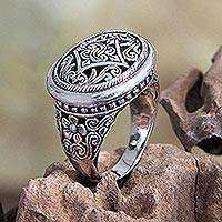 Sterling silver cocktail ring, 'Java Jasmine' - Fair Trade Silver Medallion Ring with Jasmine Floral Design