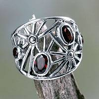 Garnet cocktail ring, 'Scarlet Starlight' - Handmade Sterling Silver and Garnet Ring