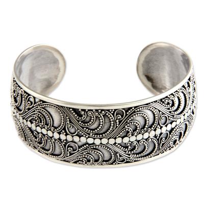 Sterling silver cuff bracelet, 'Kuta Festival' - Heart Shaped Sterling Silver Cuff Bracelet