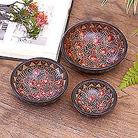 Wood batik centerpieces, 'Javanese Vines' (set of 3) - Handcrafted Set of 3 Wooden Batik Centerpiece Bowls