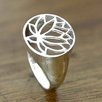 Sterling silver flower ring, 'Grand Balinese Lotus' - Sterling silver flower ring