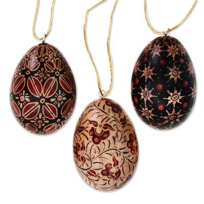 Wood batik ornaments, 'Java Stars' (set of 3) - Hand Made Batik Wood Christmas Ornaments (Set of 3)