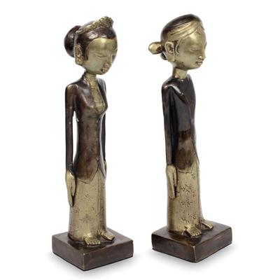 Bronze sculptures, 'Manten' (pair) - Bronze Javanese Wedding Couple Sculptures (Pair)
