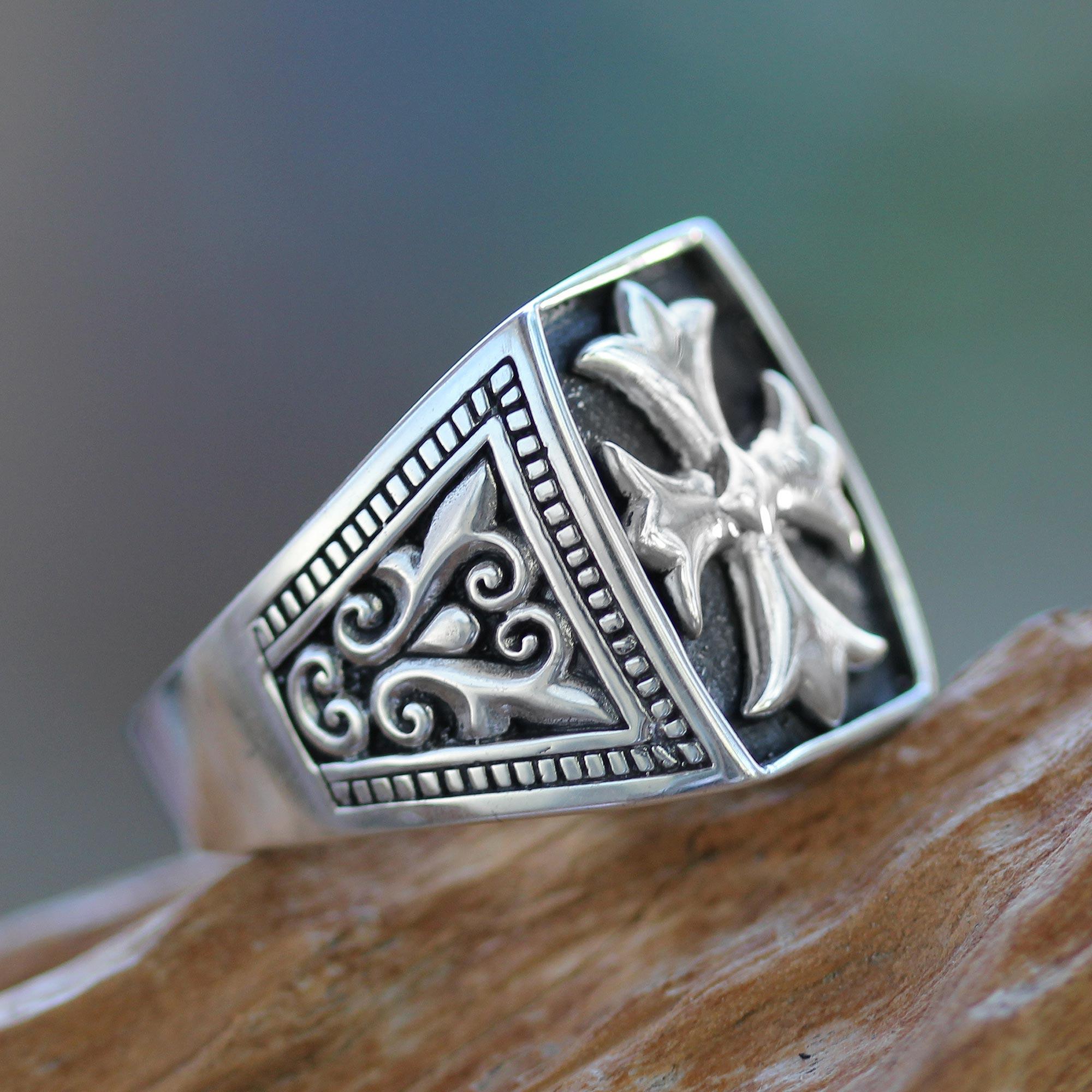 62134ca064cda Cross Signet Sterling Silver Ring for Men, 'Brave Knight'