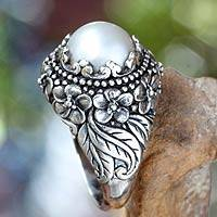 Cultured pearl domed ring, 'Moon Flowers' - Women's Handcrafted Floral and Pearl Domed Cocktail Ring