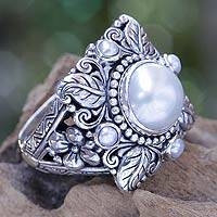 Cultured pearl flower ring, 'Nature's Splendor' - Silvery White Pearls on Sterling Silver Ring