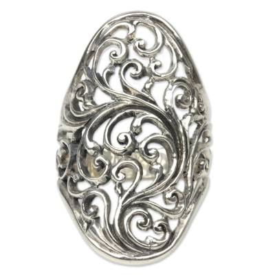 Sterling silver cocktail ring, 'Sukawati Fern' - Hand Crafted Sterling Silver Cocktail Ring from Indonesia