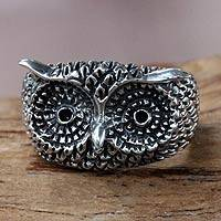 Sterling silver cocktail ring, 'Watchful Owl'