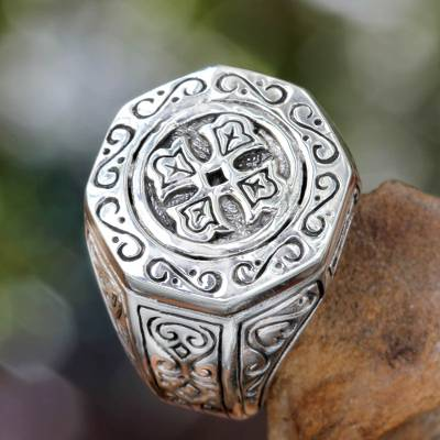 Silver signet ring, 'Lost Temple' - Sterling Silver Signet Ring for Women