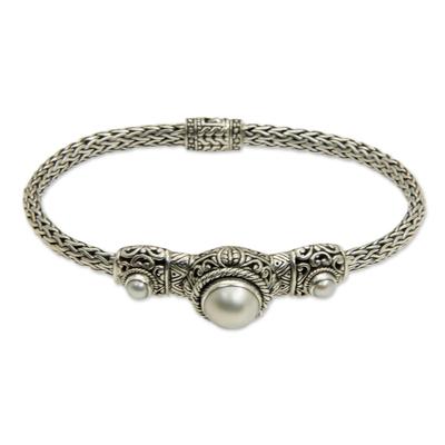 Pearl pendant bracelet, 'Celuk Nobility' - Pearl and Sterling Silver Pendant Bracelet