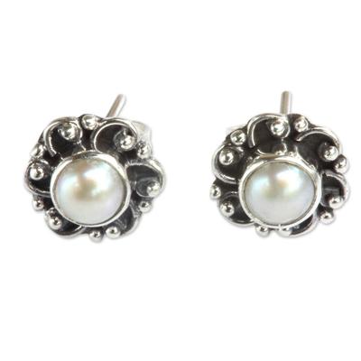Pearl flower stud earrings, 'Moonlit Blossoms' - Sterling Silver and Pearl Flower Stud Earrings