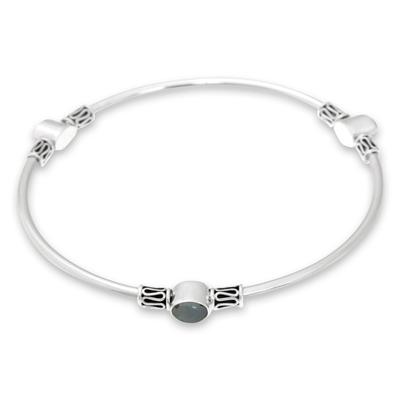 Rainbow moonstone bangle bracelet, 'Harmony of Three' (large) - Silver 925 Bangle Bracelet with Rainbow Moonstone (large)