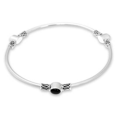 Onyx bangle bracelet, 'Harmony of Three' (large) - Silver and Onyx Balinese-Style Bangle Bracelet (large)