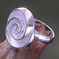 Sterling silver cocktail ring, 'Silver Nautilus'