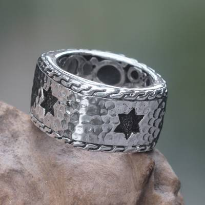 Men's sterling silver band ring, 'Star of David' - Handcrafted Balinese Hammered Sterling Silver Men's Ring
