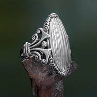 Sterling silver cocktail ring, 'Matahati'