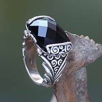 Onyx cocktail ring, 'Altar'