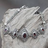 Garnet pendant bracelet, 'Marquise Heart'