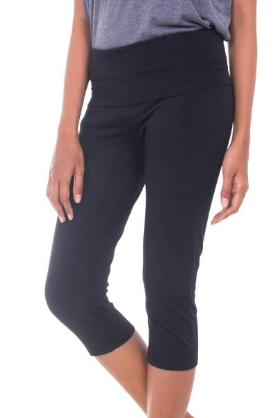 Cotton capri yoga pants, 'Kintamani in Blue' - Dark Blue Capri Yoga Pants Hand Crafted in Cotton