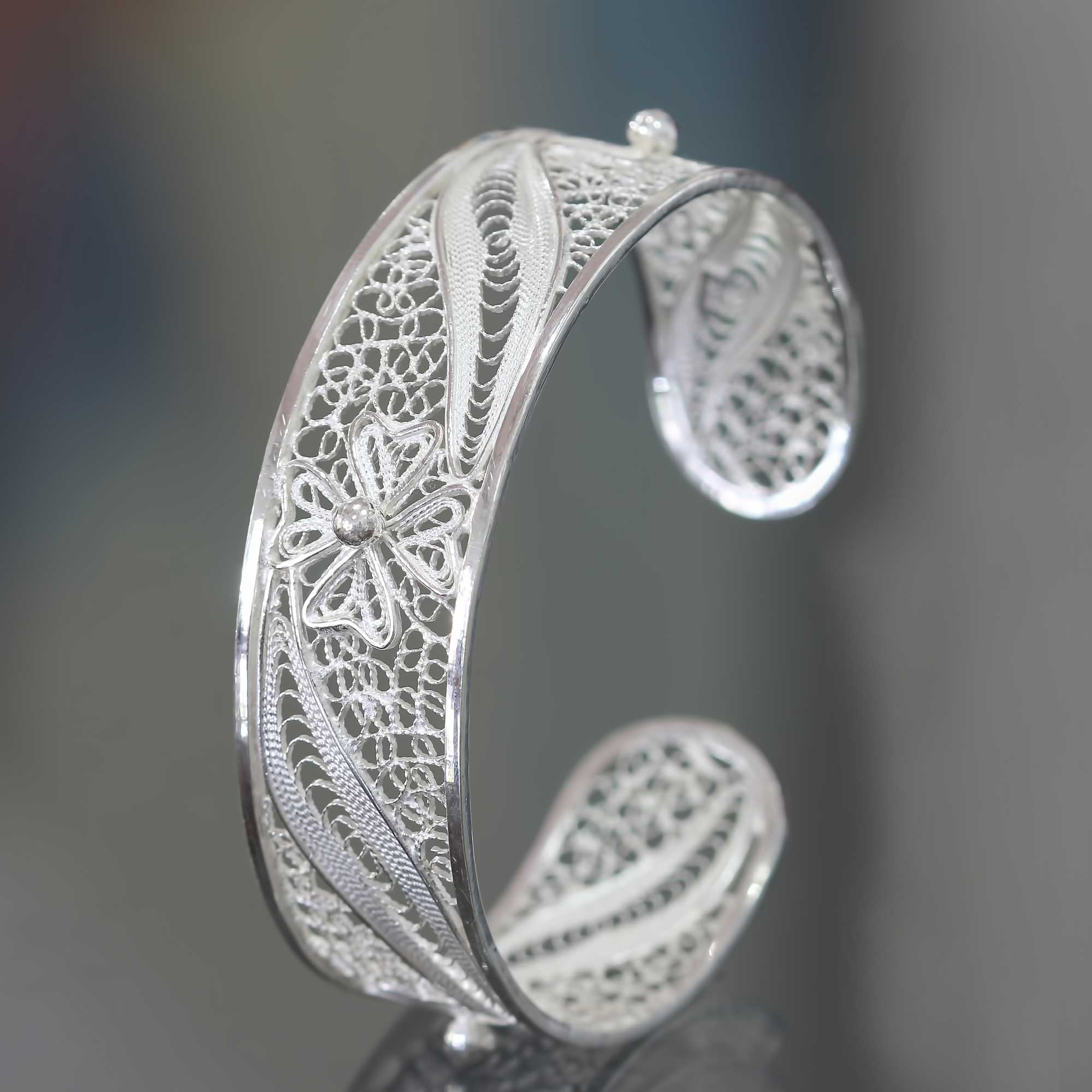 New Beautiful Hand Crafted .925 Sterling Silver Cuff