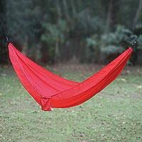 Parachute hammock, 'Uluwatu Red' (single) - Parachute Hammock in Red with Hanging Accessories (Single)