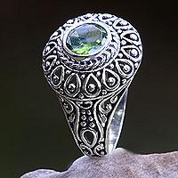 Peridot cocktail ring, 'Jatiluwih'
