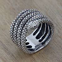 Sterling silver band ring, 'Lareangon Snake' - Wide Sterling Silver 925 Snake Motif Band Ring