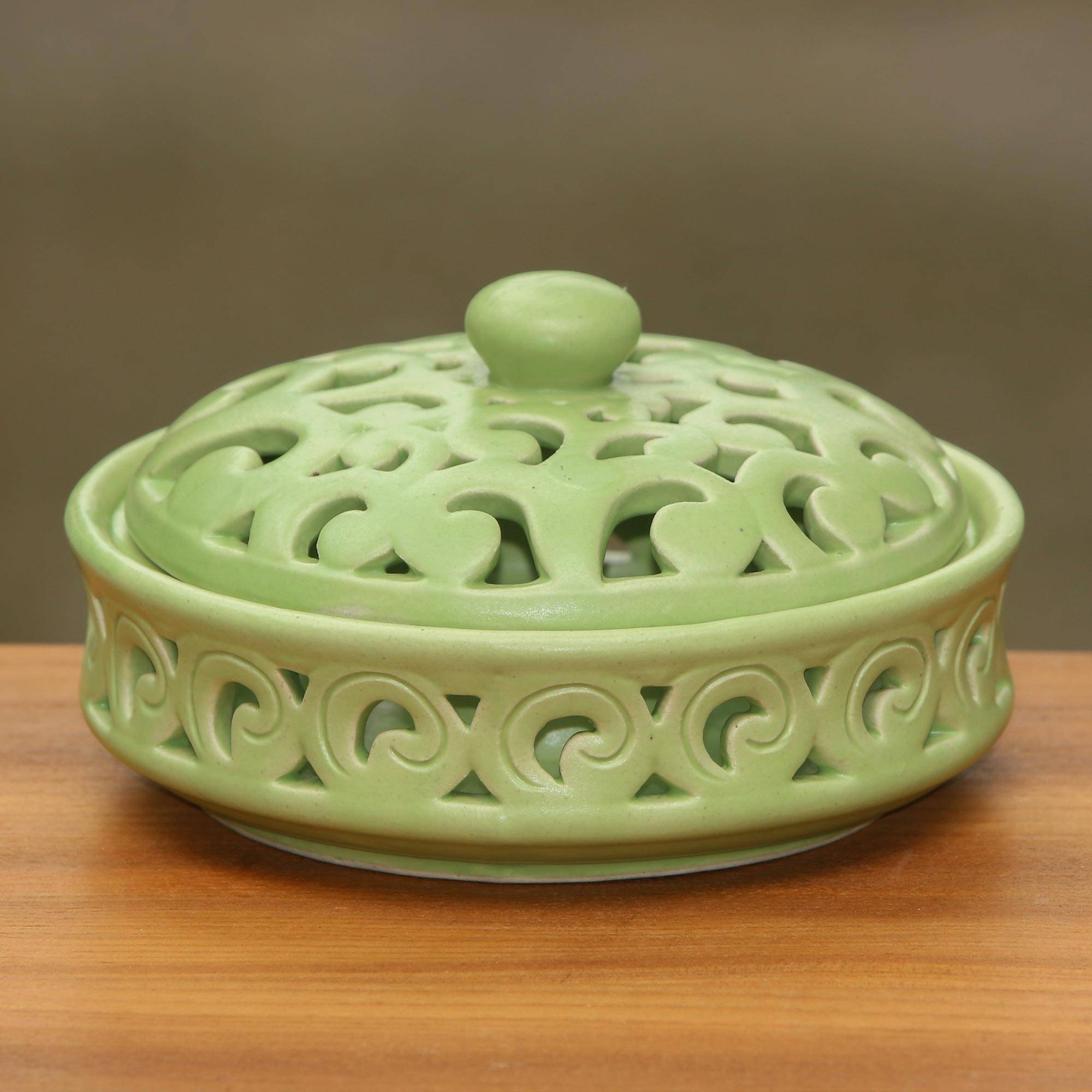 Handmade Ceramic light green choker
