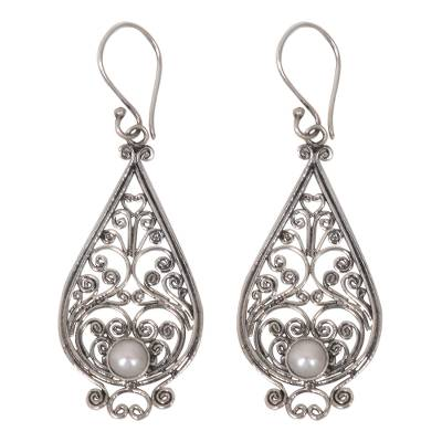 Cultured pearl dangle earrings, 'Filigree Tendrils' - Balinese Cultured Pearl Silver Filigree Handcrafted Earrings