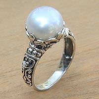 Cultured pearl cocktail ring, 'White Purity' - Artisan Crafted Cultured Pearl and Sterling Silver Ring