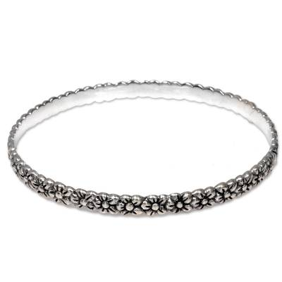 Sterling silver bangle bracelet, 'Silver Garland' - Artisan Handcrafted Floral Sterling Silver Bangle Bracelet