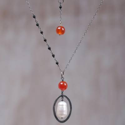 Multi-gemstone pendant necklace, 'Ubud Sunset' - Cultured Pearl Carnelian Onyx Pendant Necklace Indonesia