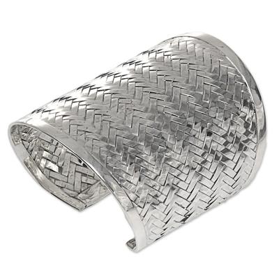 Sterling silver cuff bracelet, 'Tropical Rattan' - Balinese Handwoven Wide Sterling Silver Cuff Bracelet